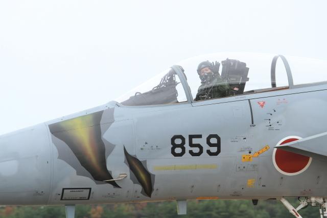 TAK_HND_NRTさんが、小松空港で撮影した航空自衛隊 F-15J Eagleの航空フォト(飛行機 写真・画像)