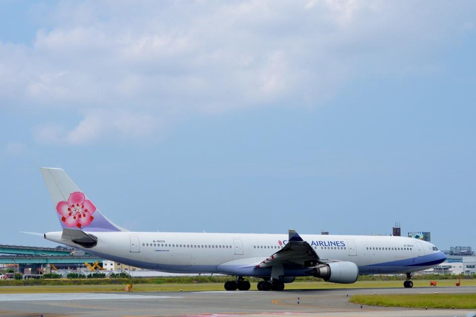 h_wajyaさんのチャイナエアライン Airbus A330-300 (B-18312) 航空フォト