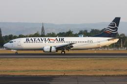 kinsanさんが、アジスチプト国際空港で撮影したバタビア航空 737-4H6の航空フォト(飛行機 写真・画像)