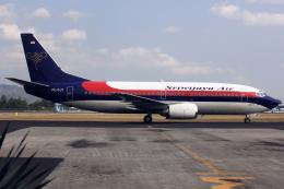 kinsanさんが、アジスチプト国際空港で撮影したスリウィジャヤ航空 737-3Q8の航空フォト(飛行機 写真・画像)