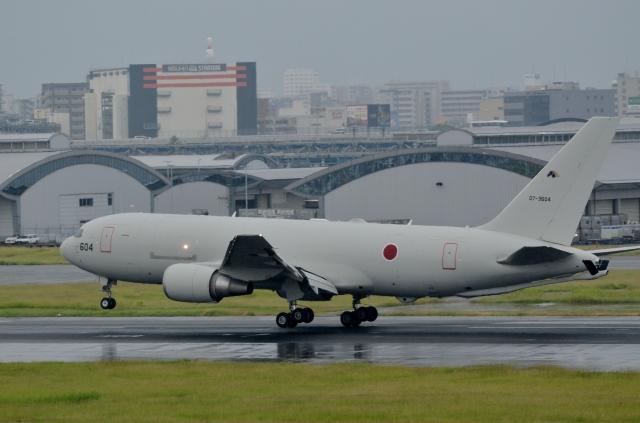 h_wajyaさんが、福岡空港で撮影した航空自衛隊 767-2FK/ERの航空フォト(飛行機 写真・画像)