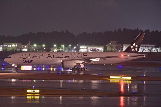 Souma2005さんが、成田国際空港で撮影した全日空 777-381/ERの航空フォト(飛行機 写真・画像)