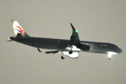 木人さんが、成田国際空港で撮影した中国東方航空 A321-211の航空フォト(飛行機 写真・画像)