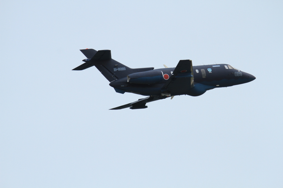 TAK_HND_NRTさんの航空自衛隊 Hawker Beechcraft U-125A (12-3028) 航空フォト