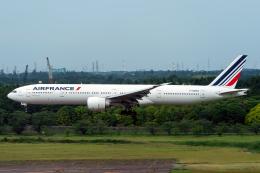 K.Sさんが、成田国際空港で撮影したエールフランス航空 777-328/ERの航空フォト(飛行機 写真・画像)
