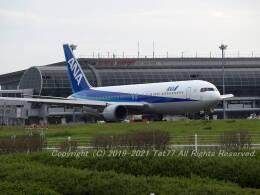 tet77さんが、仙台空港で撮影した全日空 767-381の航空フォト(飛行機 写真・画像)