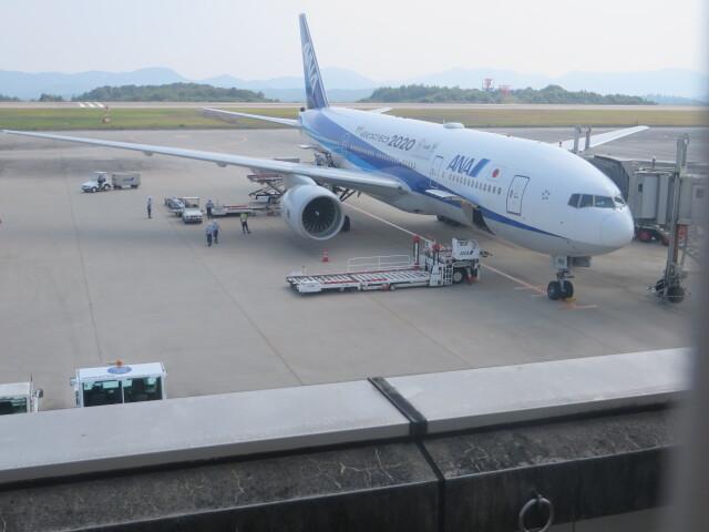 大島商船さんが、広島空港で撮影した全日空 777-281/ERの航空フォト(飛行機 写真・画像)