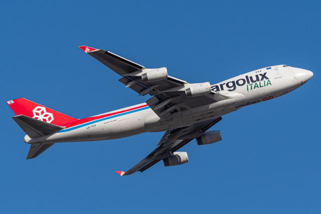みぐさんが、成田国際空港で撮影したカーゴルクス・イタリア 747-4R7F/SCDの航空フォト(飛行機 写真・画像)