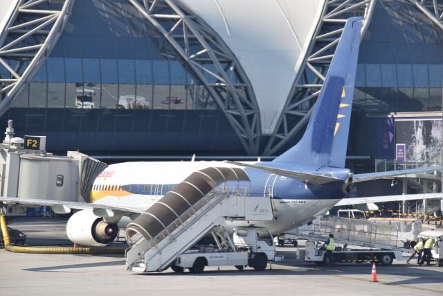 こじゆきさんが、スワンナプーム国際空港で撮影したスパイスジェット 737-800の航空フォト(飛行機 写真・画像)