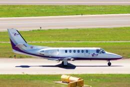 ちっとろむさんが、ウィーン国際空港で撮影したチロル・エア・アンビュランス 550B Citation Bravoの航空フォト(飛行機 写真・画像)