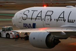 えむでぃ〜さんが、福岡空港で撮影した全日空 777-281の航空フォト(飛行機 写真・画像)