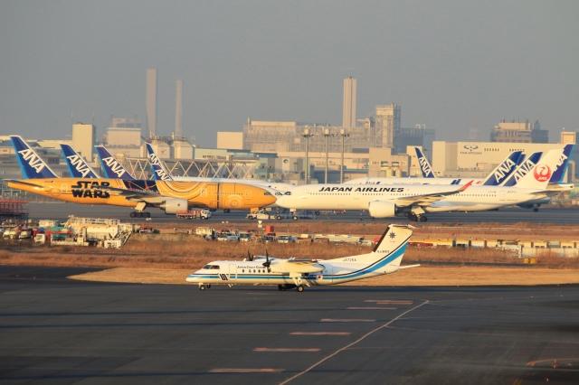 Hiro-hiroさんが、羽田空港で撮影した海上保安庁 DHC-8-315Q MPAの航空フォト(飛行機 写真・画像)