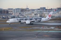 bachi51さんが、福岡空港で撮影した日本航空 A350-941の航空フォト(飛行機 写真・画像)
