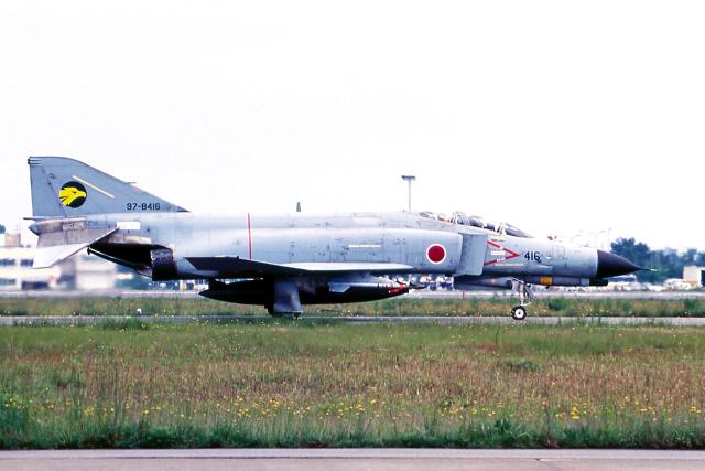 AWACSさんが、小松空港で撮影した航空自衛隊 F-4EJ Kai Phantom IIの航空フォト(飛行機 写真・画像)