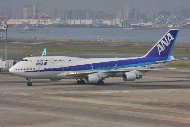 wunalaさんが、羽田空港で撮影した全日空 747-481(D)の航空フォト(飛行機 写真・画像)