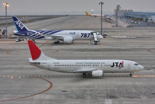 wunalaさんが、中部国際空港で撮影した日本トランスオーシャン航空 737-4Q3の航空フォト(飛行機 写真・画像)