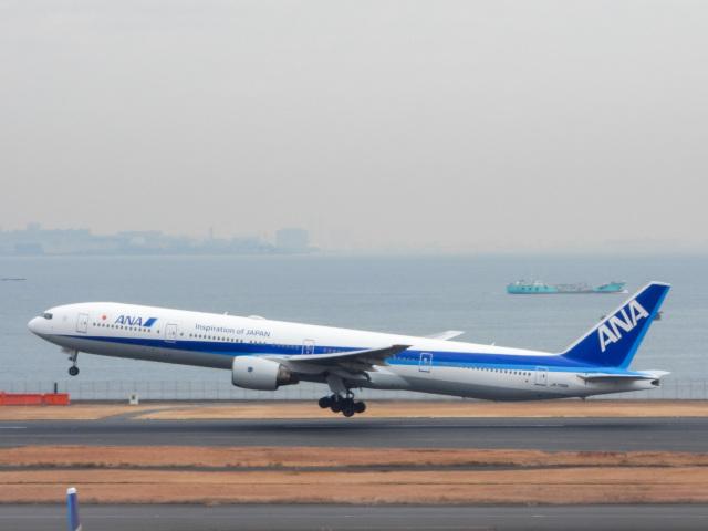 つばさ283さんが、羽田空港で撮影した全日空 777-381の航空フォト(飛行機 写真・画像)