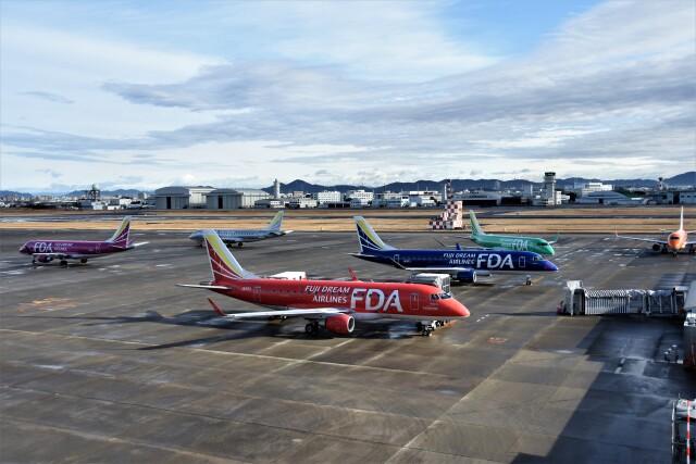 MSN/PFさんが、名古屋飛行場で撮影したフジドリームエアラインズ ERJ-170-100 (ERJ-170STD)の航空フォト(飛行機 写真・画像)