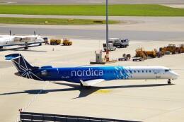 ちっとろむさんが、ウィーン国際空港で撮影したノルディカ CL-600-2D24 Regional Jet CRJ-900ERの航空フォト(飛行機 写真・画像)