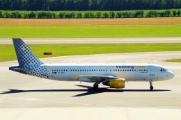 航空フォト:EC-KDX ブエリング航空 A320