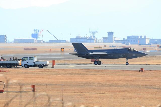 山猿さんが、岩国空港で撮影したアメリカ海兵隊 F-35B Lightning IIの航空フォト(飛行機 写真・画像)