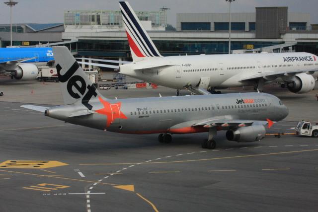 wunalaさんが、シンガポール・チャンギ国際空港で撮影したジェットスター・アジア A320-232の航空フォト(飛行機 写真・画像)