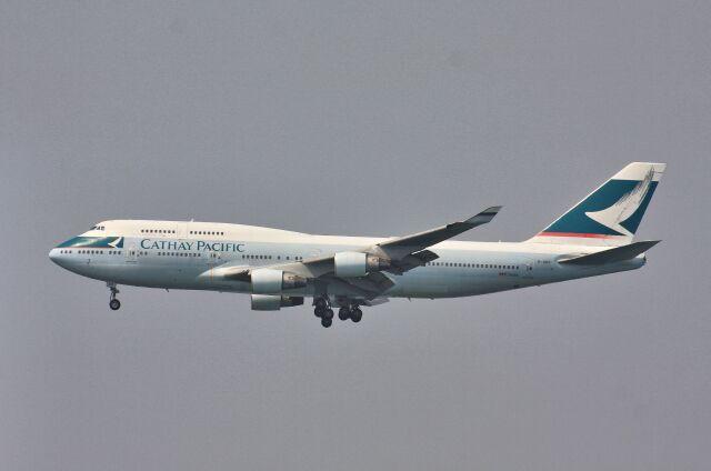 wunalaさんが、香港国際空港で撮影したキャセイパシフィック航空 747-412の航空フォト(飛行機 写真・画像)