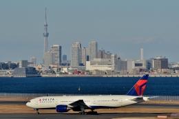 h_wajyaさんが、羽田空港で撮影したデルタ航空 777-232/ERの航空フォト(飛行機 写真・画像)