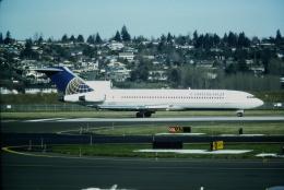ゴンタさんが、ポートランド国際空港で撮影したコンチネンタル航空 727-227の航空フォト(飛行機 写真・画像)