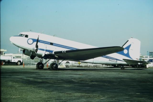 ロングビーチ空港 - Long Beach Municipal Airport [LGB/KLGB]で撮影されたロングビーチ空港 - Long Beach Municipal Airport [LGB/KLGB]の航空機写真(フォト・画像)