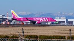 ハミングバードさんが、名古屋飛行場で撮影したフジドリームエアラインズ ERJ-170-200 (ERJ-175STD)の航空フォト(飛行機 写真・画像)