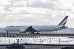 Y-Kenzoさんが、パリ シャルル・ド・ゴール国際空港で撮影したエールフランス航空 777-328/ERの航空フォト(飛行機 写真・画像)