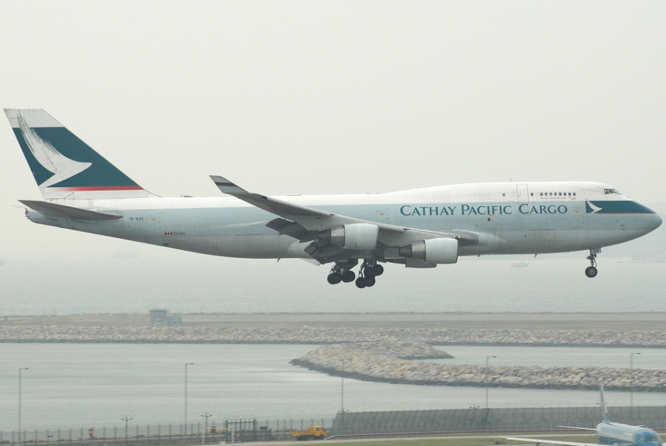 jun☆さんのキャセイパシフィック航空 Boeing 747-400 (B-KAE) 航空フォト