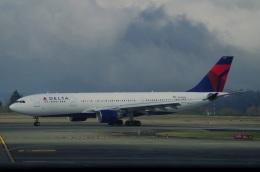 tasho0525さんが、シアトル タコマ国際空港で撮影したデルタ航空 A330-223の航空フォト(飛行機 写真・画像)