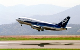 LEVEL789さんが、岡山空港で撮影した全日空 737-281の航空フォト(飛行機 写真・画像)