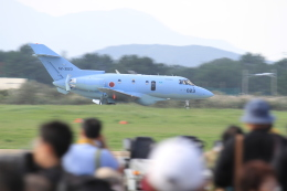 TAK_HND_NRTさんが、芦屋基地で撮影した航空自衛隊 U-125A(Hawker 800)の航空フォト(飛行機 写真・画像)