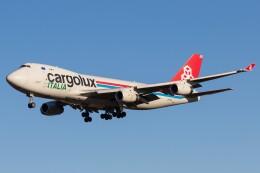 walker2000さんが、成田国際空港で撮影したカーゴルクス・イタリア 747-4R7F/SCDの航空フォト(飛行機 写真・画像)
