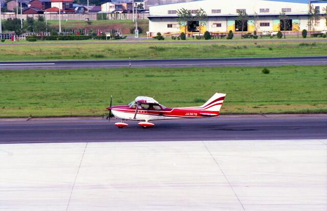 @たかひろさんが、名古屋飛行場で撮影した国際航空輸送 172M Skyhawkの航空フォト(飛行機 写真・画像)