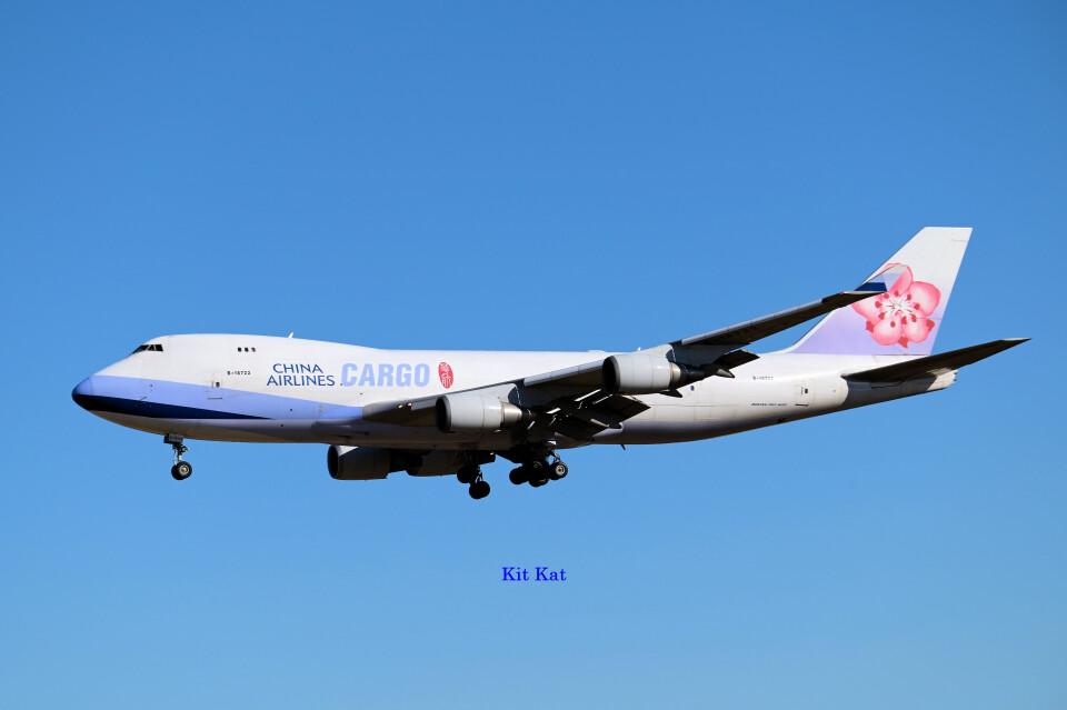 キットカットさんのチャイナエアライン Boeing 747-400 (B-18722) 航空フォト