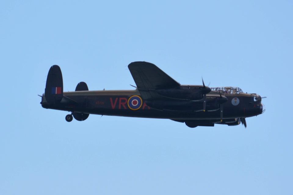 あまるめさんのCanadian Warplane Heritage Museum  Avro 683 Lancaster (C-GVRA) 航空フォト