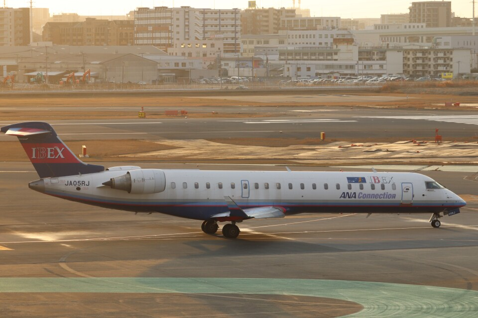 flyflygoさんのアイベックスエアラインズ Bombardier CRJ-700 (JA05RJ) 航空フォト