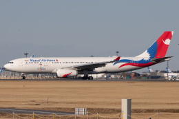 KANTO61さんが、成田国際空港で撮影したネパール航空 A330-243の航空フォト(飛行機 写真・画像)