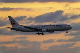 K.Sさんが、那覇空港で撮影した日本航空 767-346/ERの航空フォト(飛行機 写真・画像)