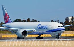 AIRFORCE ONEさんが、成田国際空港で撮影したチャイナエアライン 777-Fの航空フォト(飛行機 写真・画像)