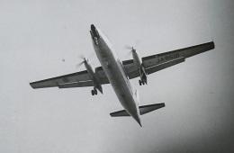 KOMAKIYAMAさんが、名古屋飛行場で撮影した全日空 F27-241 Friendshipの航空フォト(飛行機 写真・画像)