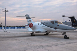 让开我先飞さんが、南昌瑶湖空港で撮影した本田 Hongdaの航空フォト(飛行機 写真・画像)