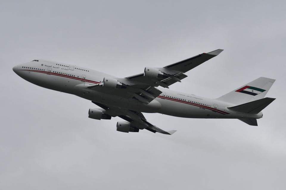 Deepさんのドバイ・ロイヤル・エア・ウィング Boeing 747-400 (A6-HRM) 航空フォト