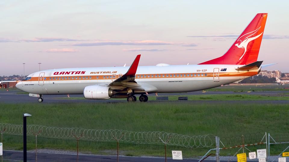 FlyingMonkeyさんのカンタス航空 Boeing 737-800 (VH-XZP) 航空フォト