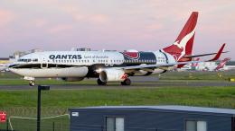 FlyingMonkeyさんが、シドニー国際空港で撮影したカンタス航空 737-838の航空フォト(飛行機 写真・画像)
