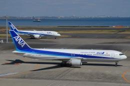 とりぷるせぶん/大和路鐵さんが、羽田空港で撮影した全日空 767-381/ERの航空フォト(飛行機 写真・画像)